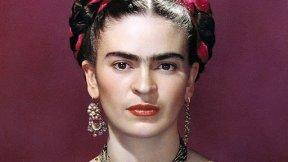 Yataqda yetərincə zaman keçirən Frida