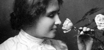 Həyatını sənətə çevirən Helen Keller