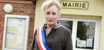 Fransada ilk dəfə: Marie Cau ölkənin ilk transgender bələdiyyə sədri oldu
