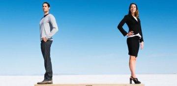 Boşanmış qadın pozğun qadın kimi asosasiya olunur, boşanmış kişi isə yox