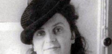 105 yaşlı İlk professional azərbaycanlı rəssam qadın Maral Rəhmanzadə